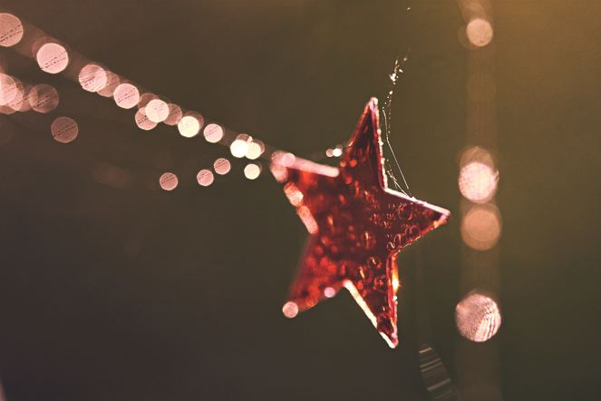 """STAR-STRUCK BOKEH"" © Neal Fowler, 2010. CC BY 2.0."