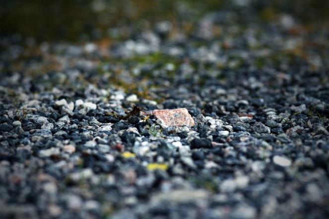 """Gravel 2"" © Stig Morten Waage, 2008. CC BY-NC 2.0."
