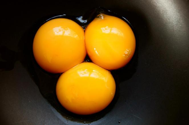 """That's All Yolks"" © Rob, 2012. CC BY-NC-ND 2.0."