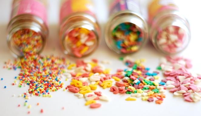 """""""Decorating Sugar"""" © Gloria García, 2009. CC BY-NC-ND 2.0."""